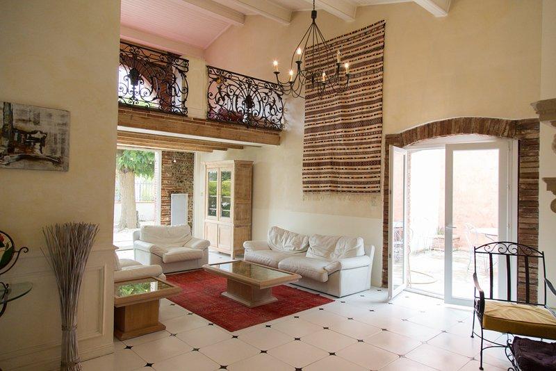 Magnifique maison toulousaine, casa vacanza a Paulhac