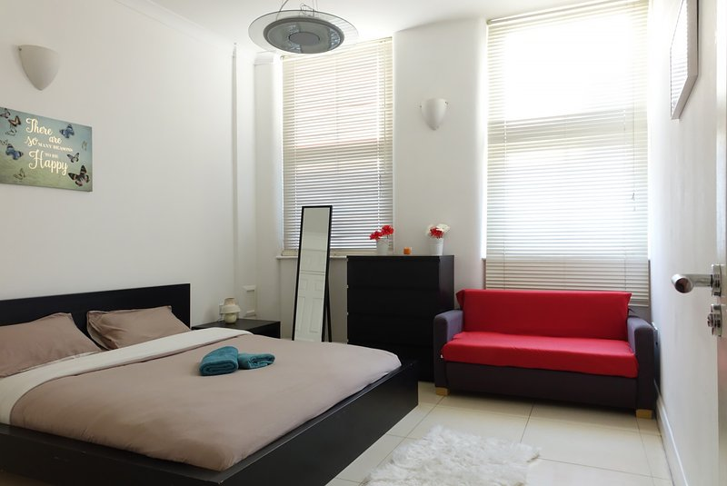 One Bedroom Flat At Commercial Street Near To Brick Lane