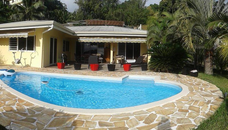 Charmante villa avec piscine, holiday rental in Tahiti