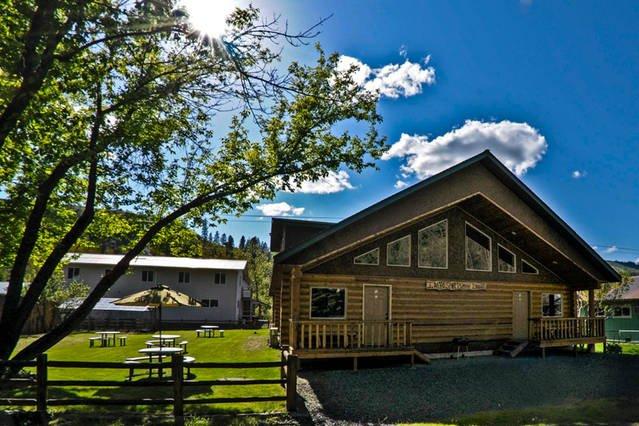 Idaho Sportsman Lodge, aluguéis de temporada em Kooskia