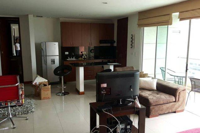 Medellin Poblado 'The Blux'  - Furnished Studio #151, holiday rental in Santa Elena