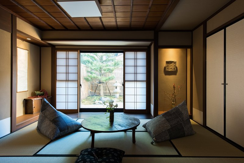 Luxurious Traditional house in Higashi Chaya 9 GUESTS! xFree WiFi – semesterbostad i Kanazawa