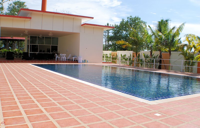 Serviced Luxury Apartment, holiday rental in San Phranet