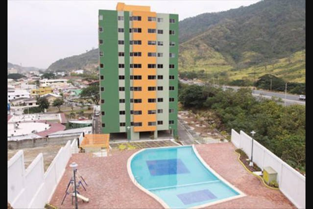 Luxury apartment in Safe buildging CEIBOS, holiday rental in Guayas Province
