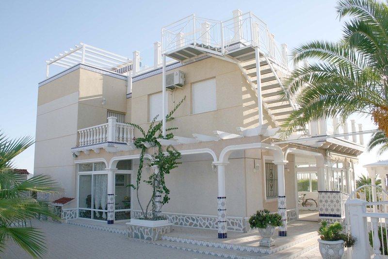Playa flamenca beach villa 3, alquiler vacacional en Playa Flamenca