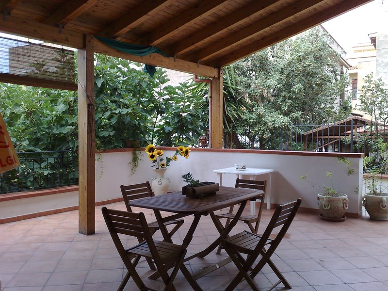 house /villa close to beaches and cultural sites, holiday rental in Torretta