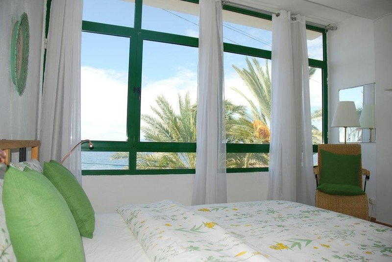 ALCALA · TENERIFE SUR  ,SEA VIEW, 4-6 PEOPLE, holiday rental in Alcala