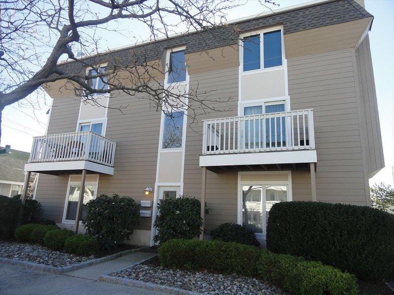 101 Ocean Road 3rd Floor Unit J 52670, holiday rental in Longport