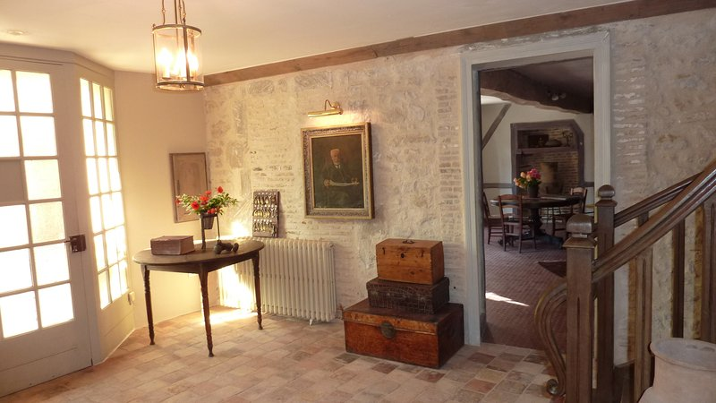 Le Logis Alexandra - A Fantastic Group Stay Gite for up to 30 persons!, alquiler de vacaciones en Montmorillon