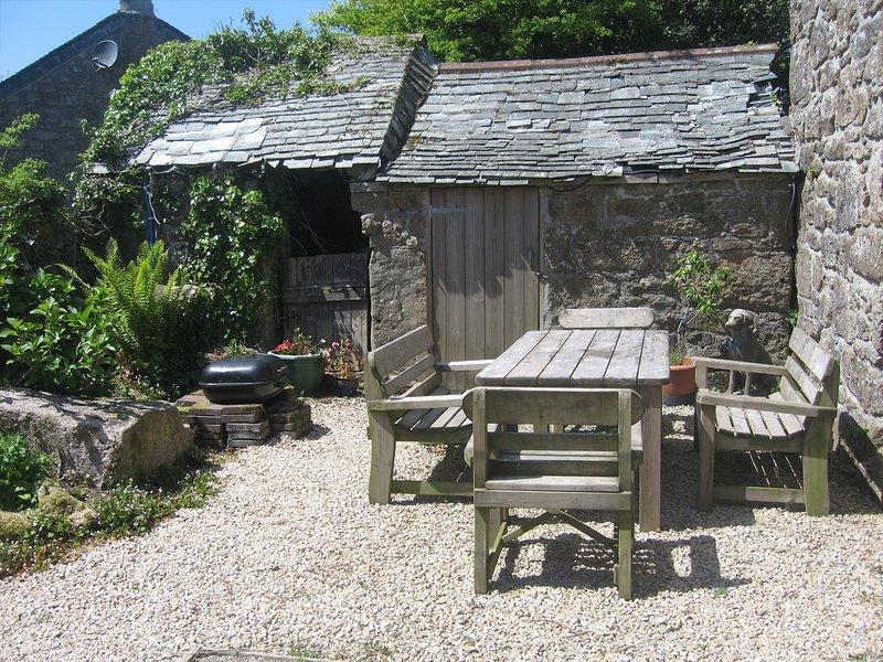 Chycoll Barn - granite barn conversion in an idyllic, rural environment, vacation rental in St Buryan