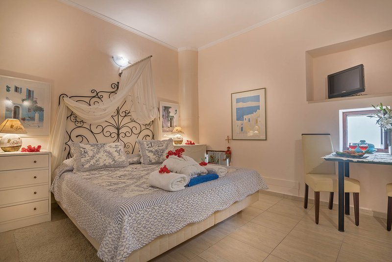 14- Stylish-Relaxing house-Self checkin-Fast & Reliable Wi-Fi for digital nomads, vacation rental in Kato Valsamonero