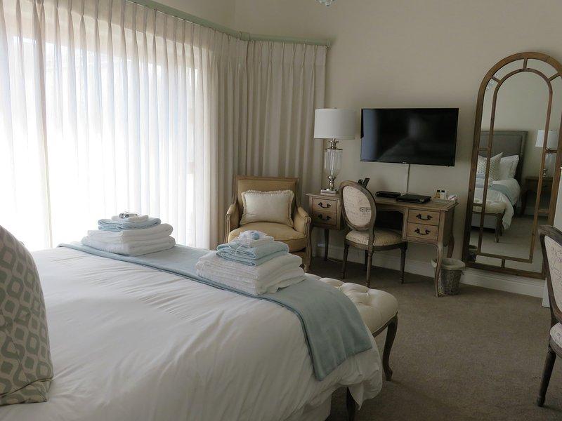 Island Way Villa Unit 1 & 3, vacation rental in Uitenhage