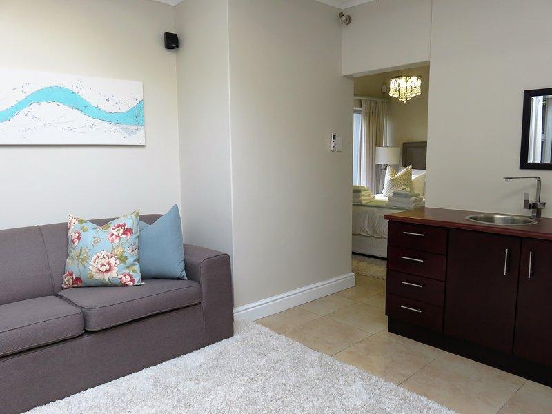 Unit 4 - lounge area