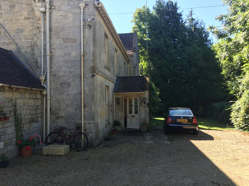 Main entrance and ample parking at Horsepools House