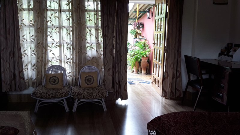 Madhumita's Homestay, Rs 1200 per night, vacation rental in Guwahati