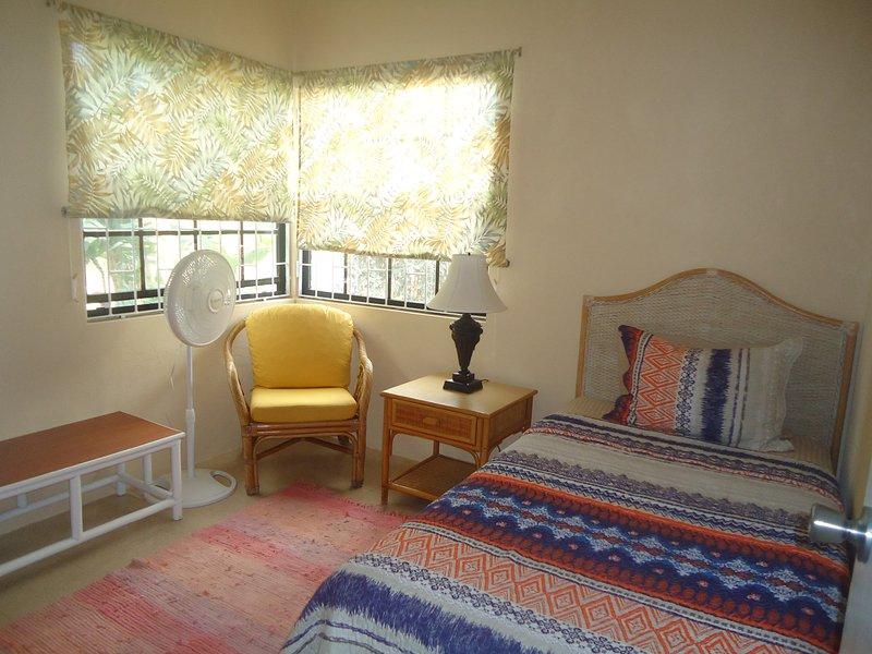 Bedroom 3 / Twin bed