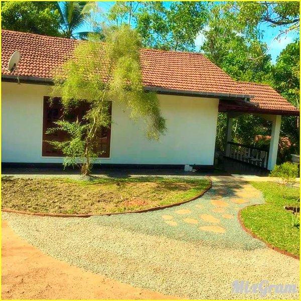 Katia Villa, holiday rental in Baddegama