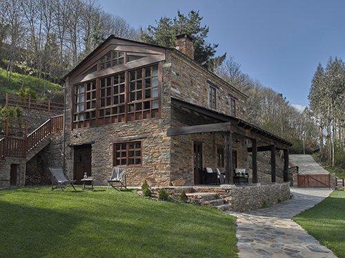 Casona de Labrada. Casa 1, alquiler completo. Próximo a Taramundi y los Oscos., alquiler de vacaciones en Provincia de Lugo