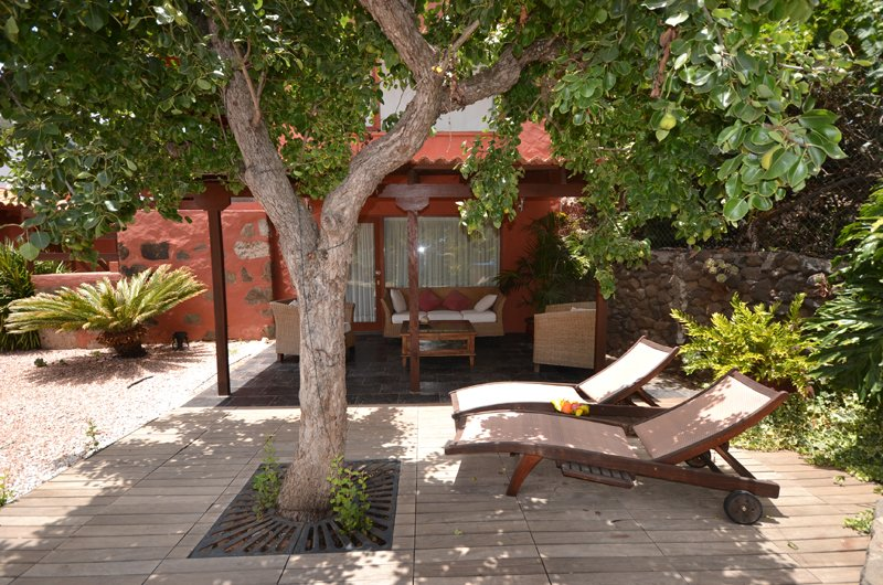 H04GC COUNTRY HOUSEWITH JACUZZI, holiday rental in Pino Santo Alto