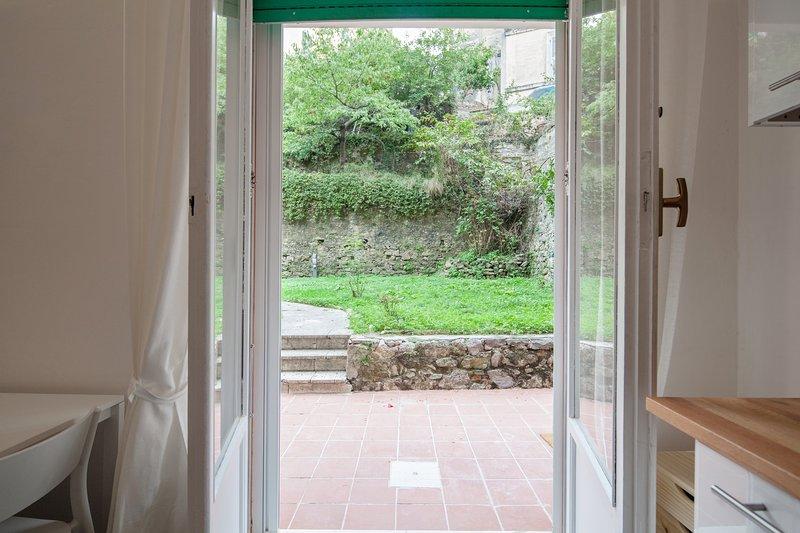 Puerta en la sala de estar para el jardín - puerta de la sala para el jardín