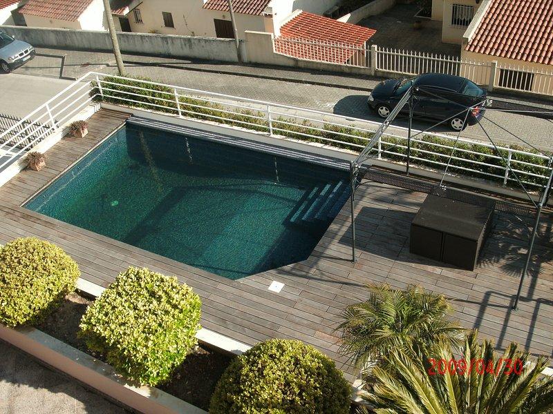 Chalet con Piscina Malveira, alquiler de vacaciones en Sobral de Monte Agraco
