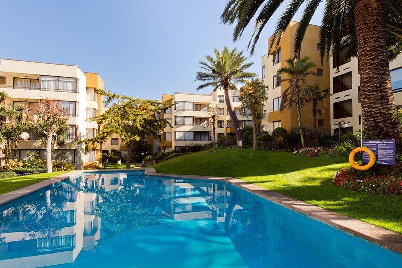 Departamento  Condominio Jardín Alto Reñaca totalmente equipado para 5 personas, vacation rental in Renaca