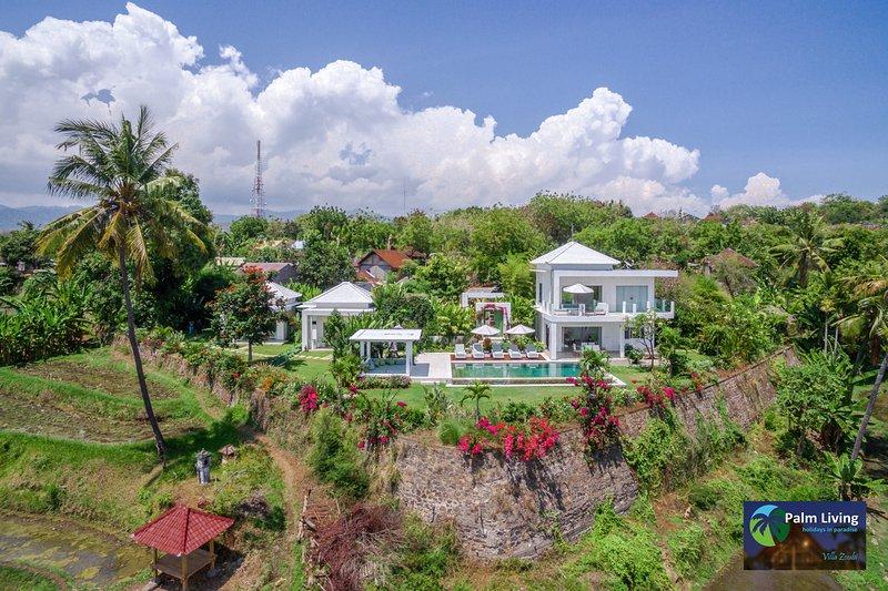 Villa Zoubi - With Spectacular View, Ferienwohnung in Umeanyar