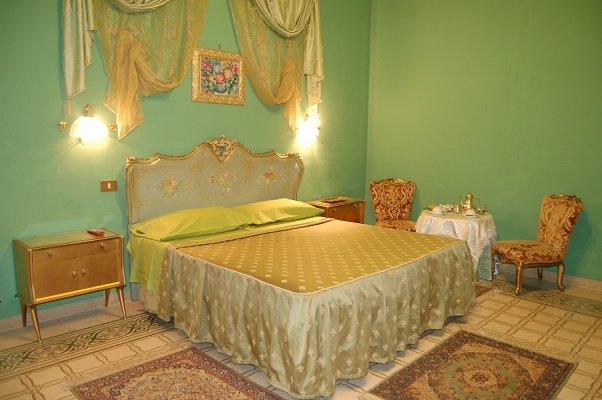 palazzo balsamo, holiday rental in San Nicola l'Arena