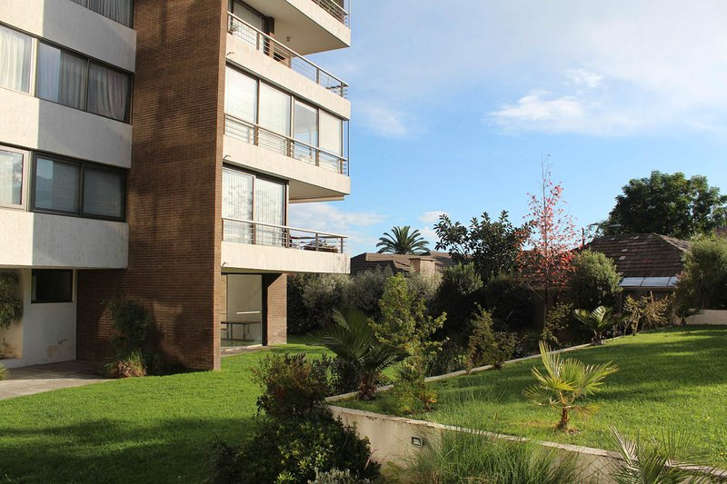 great apart. 4B - 4B in las condes; in santiago, and very nice view, holiday rental in La Reina