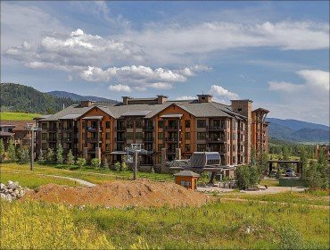 Exterior View of the Trailhead Lodge and Wildhorse Gondola