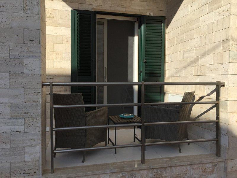 SAVELLETRI HOLIDAY - APPARTAMENTO - SUITE - CAMERE, aluguéis de temporada em Fasano