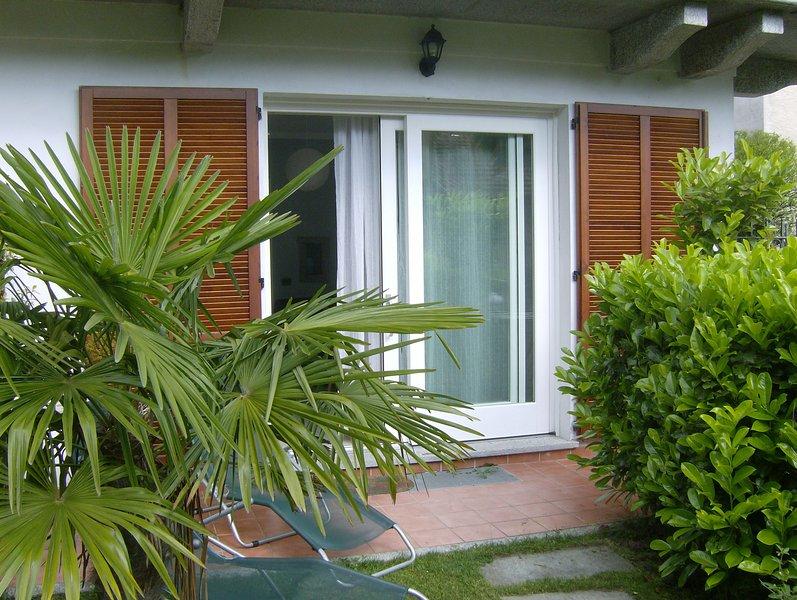 Casa Maria Teresa -  Monolocale nel centro storico, vacation rental in Cannero Riviera