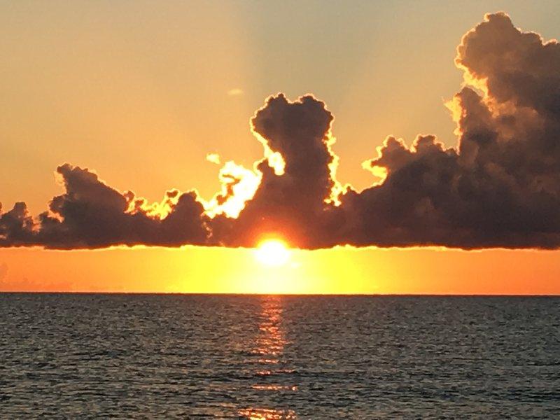 Sin Respiración Sunset View