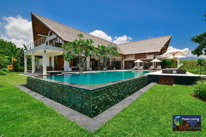 Villa Banyan - Luxury With Unbelievable View, Ferienwohnung in Umeanyar
