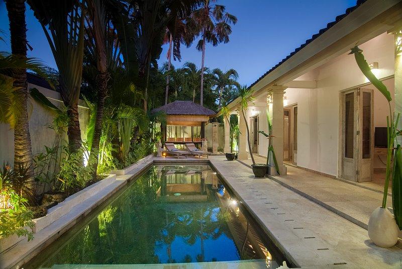 3 BDR piscina privada villa en el corazón de Seminyak Bali