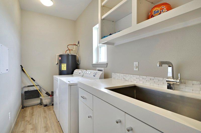 Upper Level - Laundry