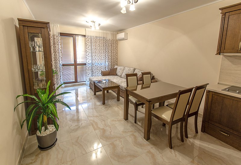 Luxury apartments in a prestigious residence, vacation rental in Nessebar