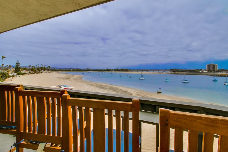 Chair,Furniture,Hotel,Resort,Boardwalk