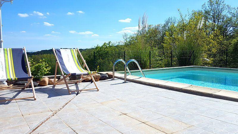 La Truffière - Résidence La Roseraie Holiday Rental with private pool, Dordogne, aluguéis de temporada em Coulaures