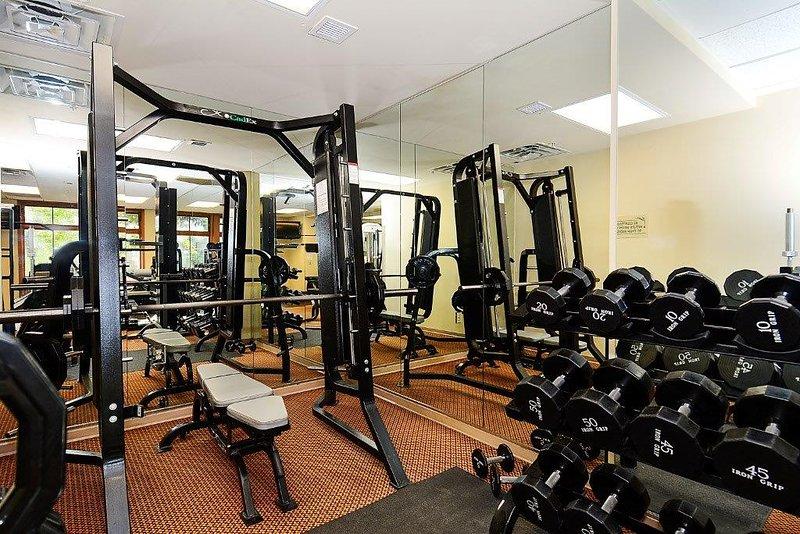 Sala de entrenamiento Zephyr Mountain Lodge