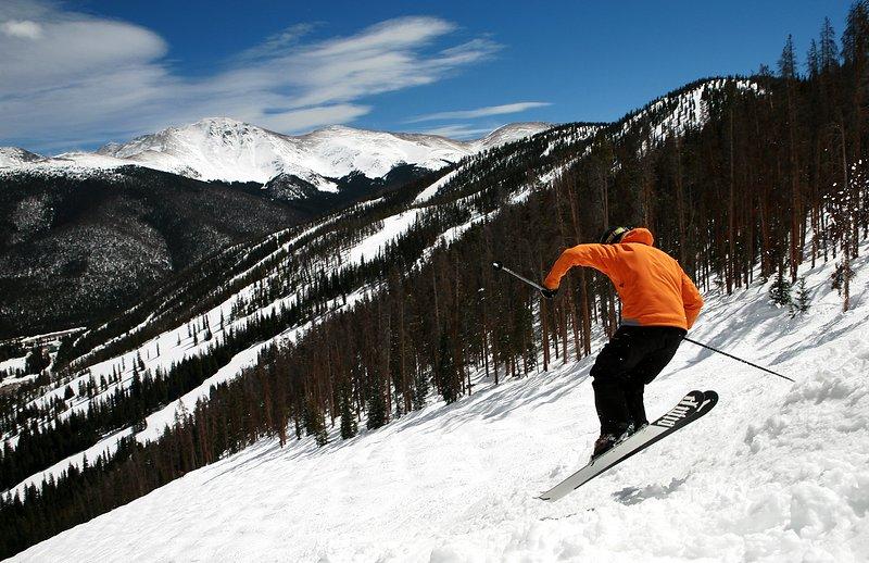 Esquí de clase mundial a la vuelta de la esquina
