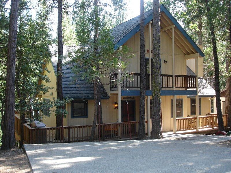 Friends Lodge in Yosemite