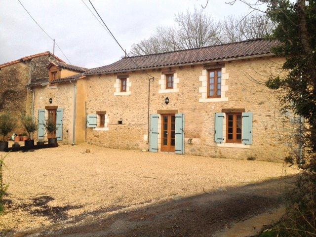 Mereboeuf, Jaures, France 24140, location de vacances à Montrem