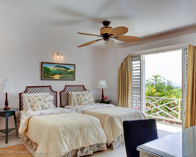 Bedroom #6 - Garden Suite