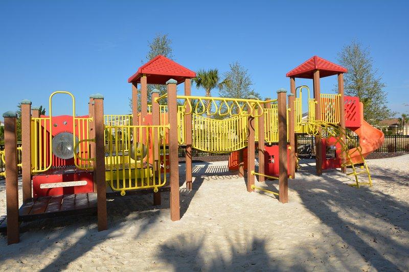 Instalaciones en el lugar: área de juegos para niños