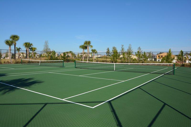 Vor-Ort-Einrichtungen - Tennisplätze