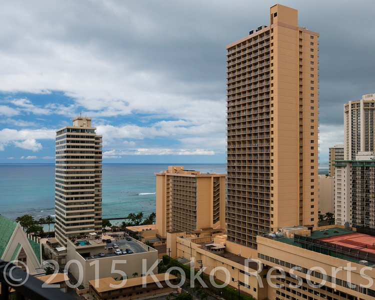 Building,City,High Rise,Downtown,Urban