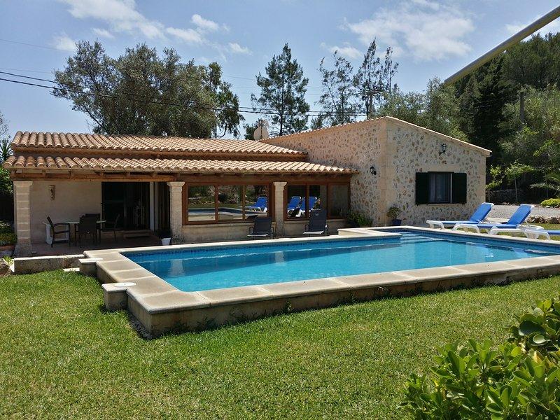 Encantador Chalet entre montaña y playa, vacation rental in Formentor