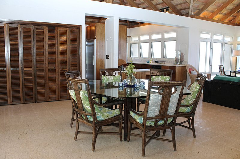 Great Room Dining Area with seating for 6