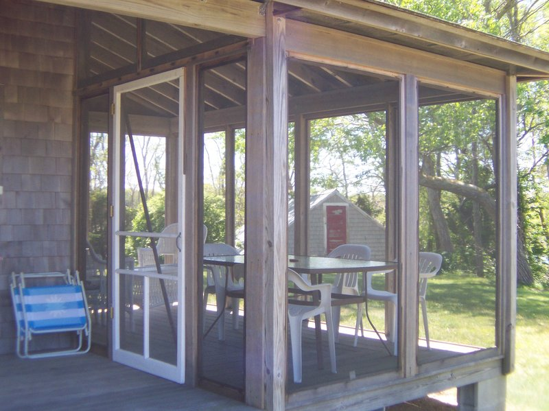 It has a screened porch for pleasant outdoor dining